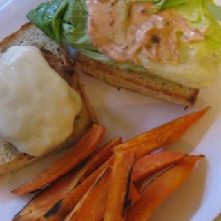 Turkey Burgers With Shredded Zucchini and Carrots and Chipotle Mayo