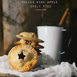Mini Mulled Wine Apple Spelt Pies