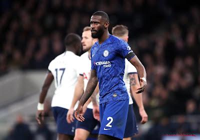 """Spelers uit Premier League weigeren salarisverlaging, Chelsea-verdediger Antonio Rüdiger verdedigt standpunt: """"Makkelijk om ons aan te wijzen als schuldige"""""""