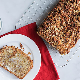 Walnut Crumble Banana Bread