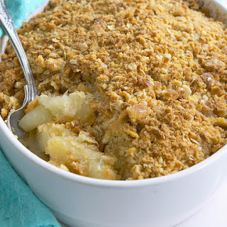 Apple-Apricot Crumble.