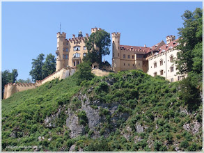 Photo: Castillo de Hohenschwangau ( Alemania) http://www.viajesenfamilia.it/