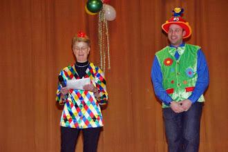 Photo: Begrüßung durch die Vorsitzende Maria Luxenburger und Kaplan Adams