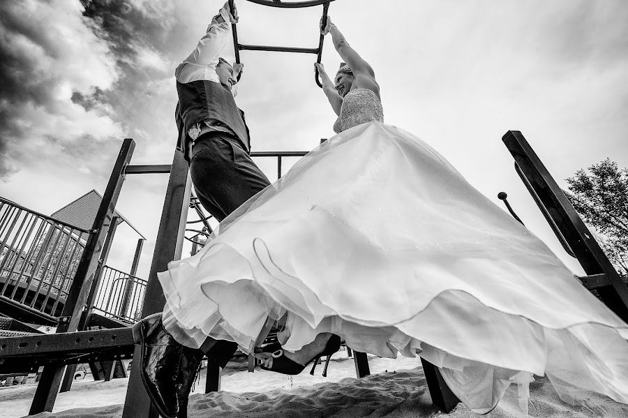 Wedding photographer Marcin Karpowicz (bdfkphotography). Photo of 01.11.2015