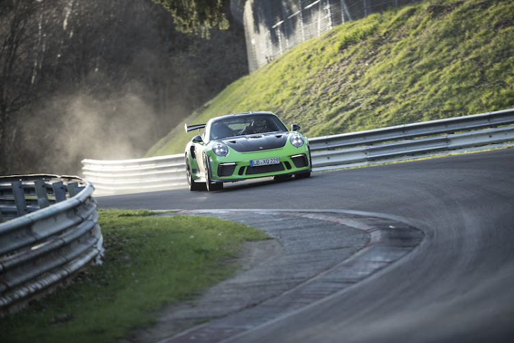 The 911 GT3 RS storming around the Nürburgring