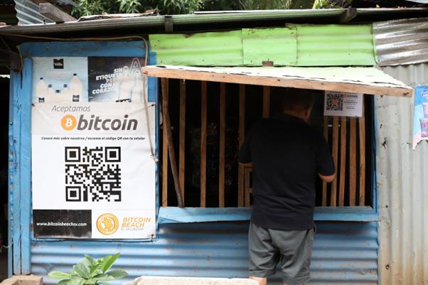 Community accepts bitcoin in bitcoin beach