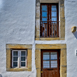 door and windows by Carlos Pereira - Buildings & Architecture Homes