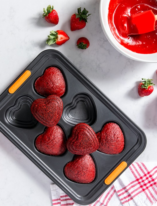 6 cup tiered heart tray from Le Creuset.