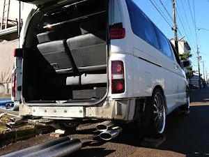 エルグランド E51 250ハイウェイスター ブラックレザーナビエディションV_4WD(AT_2.5) 22年式のカスタム事例画像 タカさん☆さんの2018年11月25日17:44の投稿