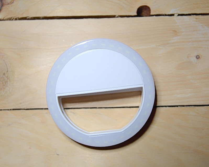 Kelebaran diameter 8.6cm mudah untuk klip pada Smartphone