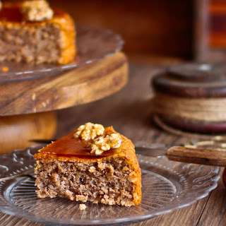 Toffee Flourless Walnut Cake