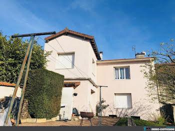 maison à Cours-la-Ville (69)