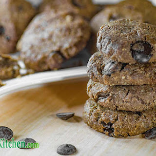 Low Carb Chocolate Chip Keto Cookies.