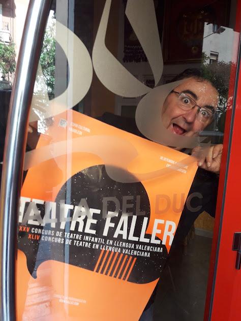 La Falla del Duc con el Teatre Faller
