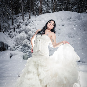 Winter wondeland 1 by Eric Bureau - People Fashion ( model, fashion, winter, woman, beautiful, snow, wedding dress, photoshoot )