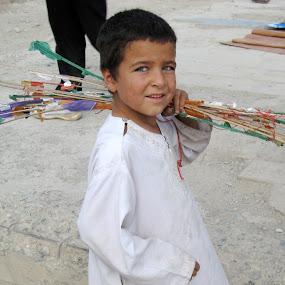 Kite runner of Kabul by Eason Jordan - People Street & Candids