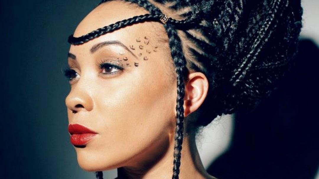 Coiffure Afro Americaine A Domicile Tresses Nattes Tissages