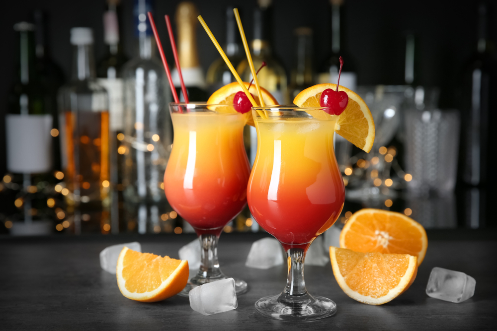 Tropical Cocktails for Summer - Sex on the Beach