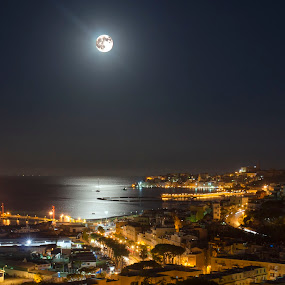 moonlight by Giuseppe Ciaramaglia - Landscapes Beaches ( sea, light, moonlight, city )