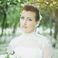 Wedding photographer Galina Gavrikova (GalinaGavrikova). Photo of 03.04.2014