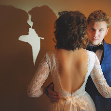 Wedding photographer Anastasiya Lesina (AnastasiaLesina). Photo of 22.11.2014
