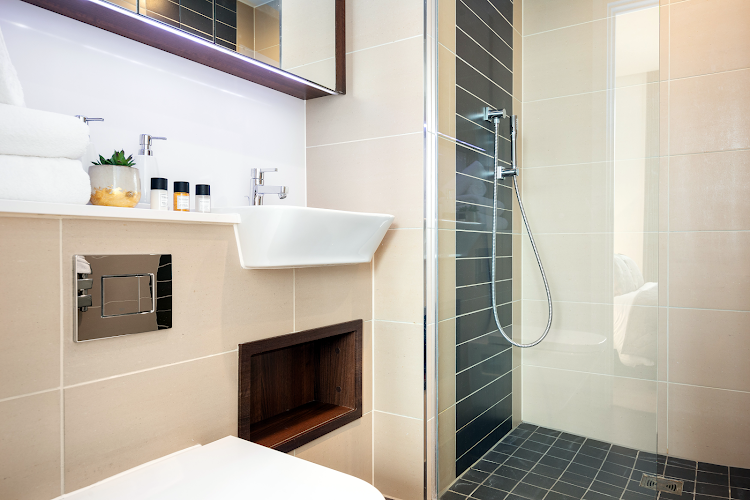 Luxury bathroom at Altitude Point Serviced Apartments, Aldgate