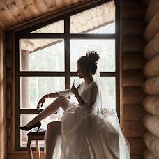 Wedding photographer Olya Poduta (olavolina). Photo of 25.11.2018