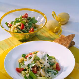 Frühlingssalat mit Parmesan