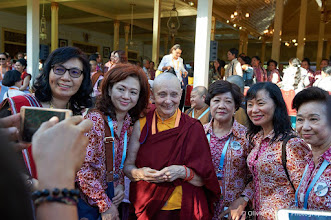 Photo: Jetsunma Tenzin Palmo, with participants. Courtesy of Olivier Adam.