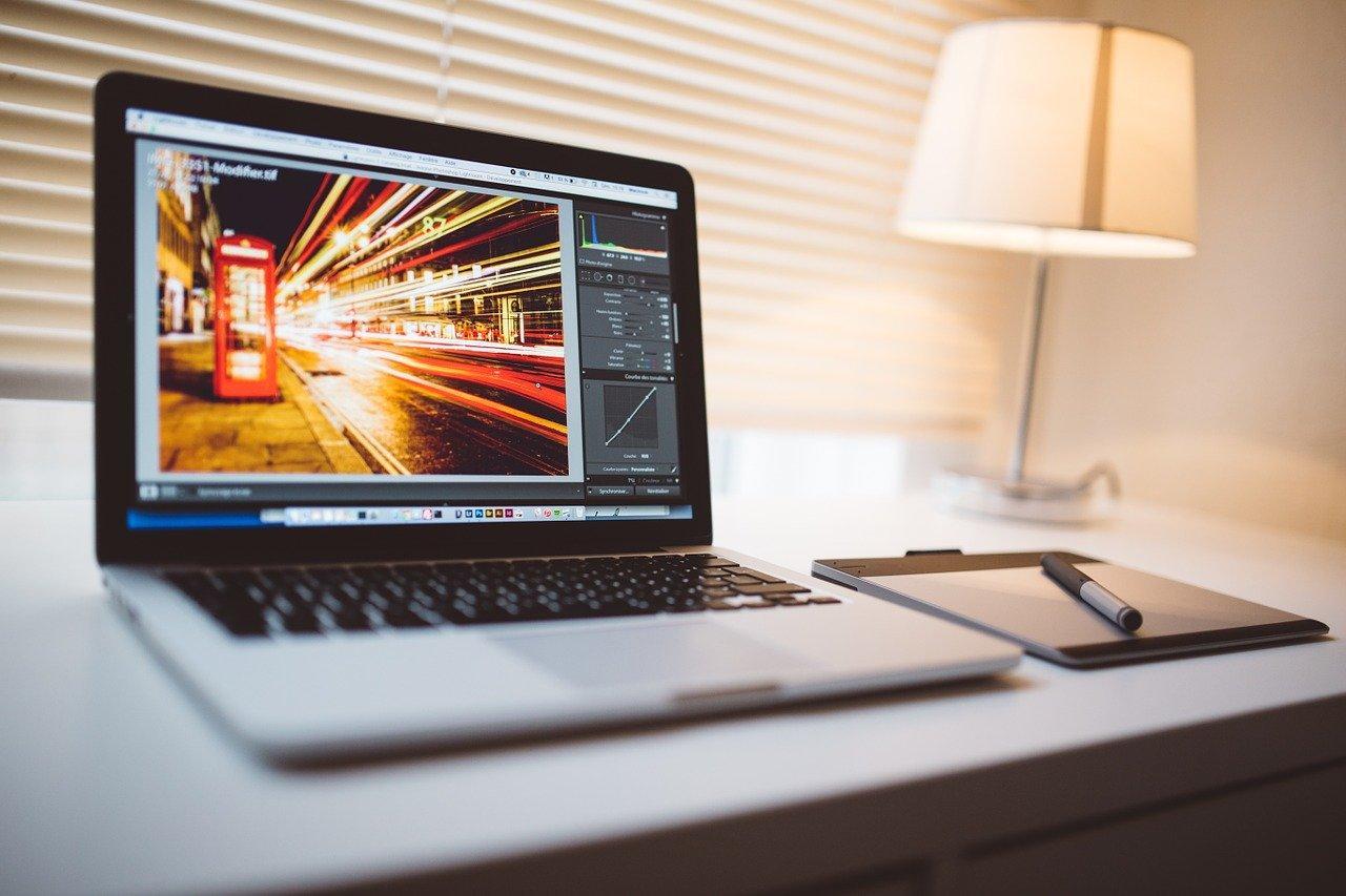 laptop of street scene in London