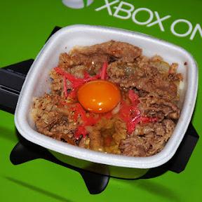 【究極グルメ】吉野家の牛丼は「特盛ごはん半分ツユダク」が最強だけど異論は認める / 生卵投入でもっと最強