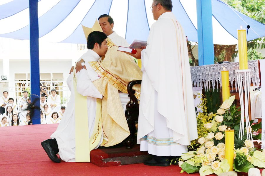 Lễ Tấn Phong chức Phó tế tại nhà thờ Chính Tòa Ban Mê Thuột - Ảnh minh hoạ 21