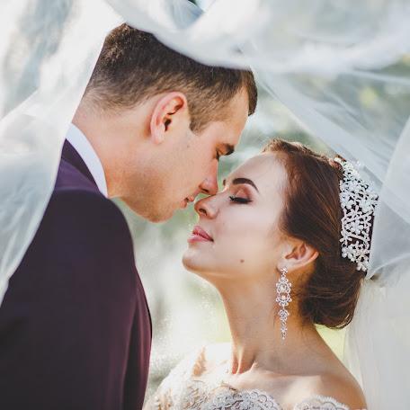 Wedding photographer Lyubov Ilyukhina (astinfinity). Photo of 11.02.2018