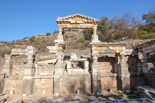 Nymphaeum-Traiani.jpg - The Nymphaeum Traiani, an ancient fountain structure at Ephesus, Turkey.