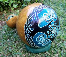 Photo: Udu drum de calabaza, con diseño de triple árbol celta pintado a mano