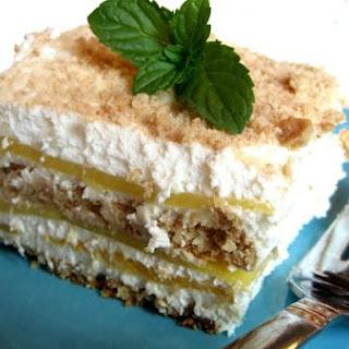Mango-Refrigerator Cake.
