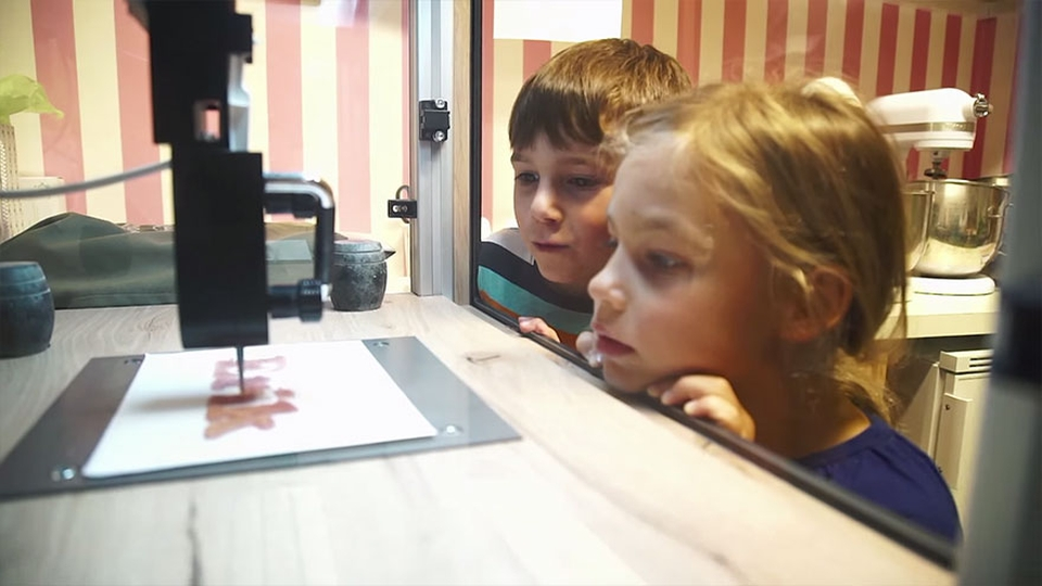 3D-принтер Magic Candy Factory будет печатать конфеты в аэропорту Дублина