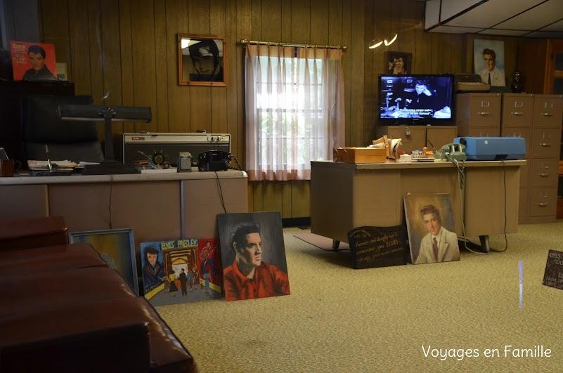 Vernon office Graceland