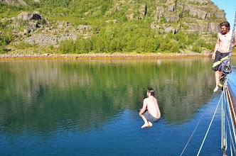 Photo: petite baignade (décrassage ?) pas chaud !