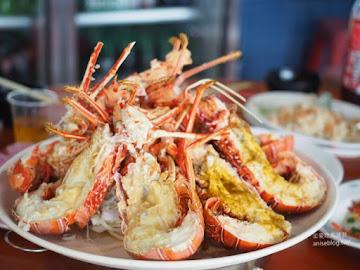 阿忠東港海產婚宴會館