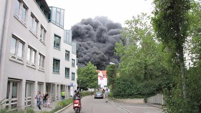 Photo: Flucht vor der Rauchwolke