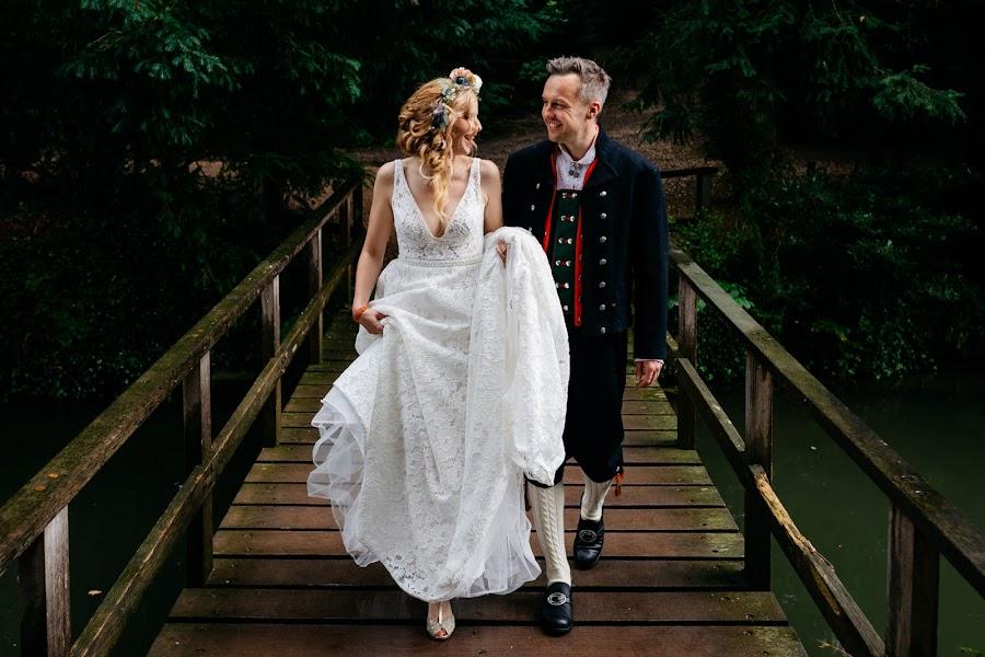 Wedding photographer Leonard Walpot (leonardwalpot). Photo of 06.08.2019