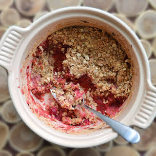 Cranberry-Apple & Maple Crumble with Cranberry Sauce.