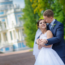 Wedding photographer Yuriy Kuzakov (Omchak80). Photo of 13.12.2014