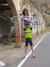 Photo: Which is heavier the Colnago or Stephen?