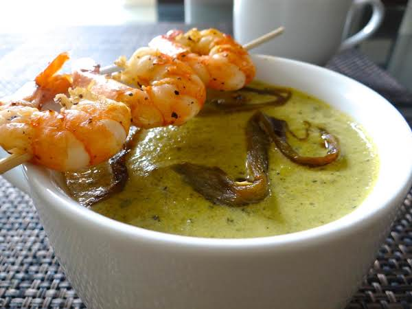 Creamy Roasted Poblano Pepper Soup
