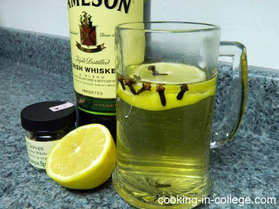 10 Best Hot Whiskey Drinks Recipes