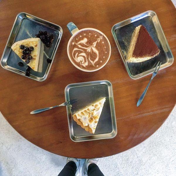 來吧 Café 花招百出的法式千層蛋糕_彷彿置身於韓國咖啡廳_鄰近餵我早餐