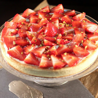 Strawberry Custard Pie with Almond Cream.