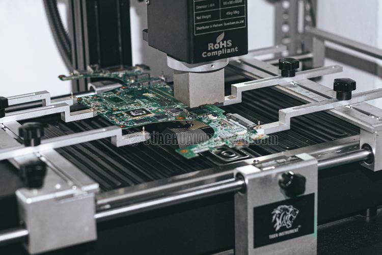 Máy đóng chip thế hệ mới